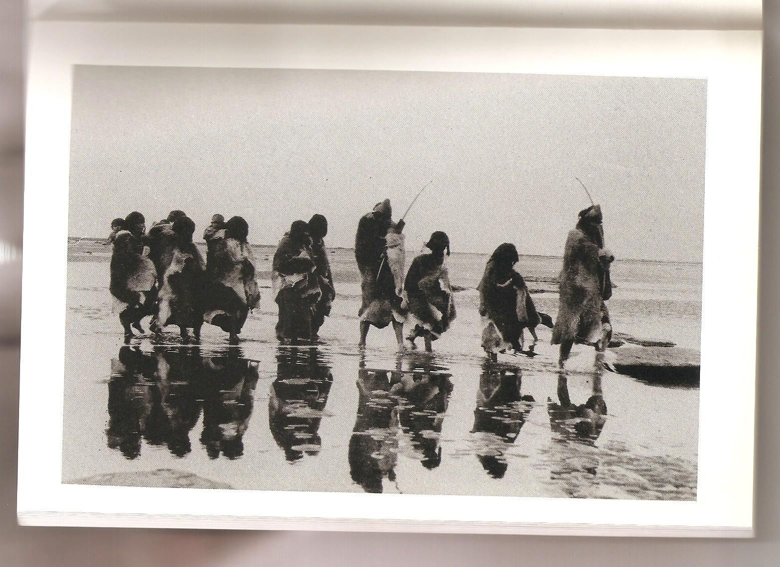 Familia de Puppup. Tierra del Fuego, 1908.jpg
