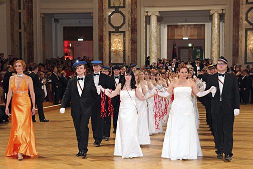 Baile_fraternidades_WKR_Palacio_Imperial_Viena_2.jpg