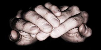 manos-recibiendo_540.jpg