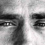 Detalle de los ojos de James Agee