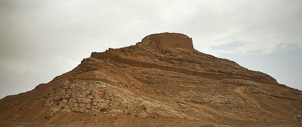 La-Torre-del-Silencio_620.jpg