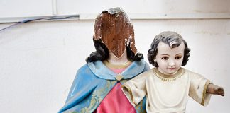 Broken-dreams-_-Earthquake-in-Ecuador_-03_540.jpg